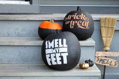 Fabulous DIY Pumpkin Decorating Ideas for Halloween Diy Halloween, Spirit Halloween, Holidays Halloween, Halloween Pumpkins, Halloween Decorations, Happy Halloween, Funny Pumpkins, Halloween Tricks, Halloween Season