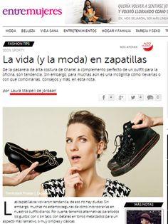 La moda de las zapatillas y cómo incorporarlas a tus outfits porque #LaImagenImporta http://entremujeres.clarin.com/moda/fashion-tips/zapatillas-tendencia-sporty-look-deportivo-consejos-fashion-tips-laura-malpeli-jordaan_0_1134486639.html