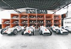 Formula 1/ Mercedes-Benz racing cars motorsport design
