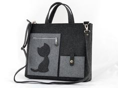 Laptop Felt Bag with a Cat Messenger Grey big Size Felt Bag with a Cat Kitty handbag felted anthracite modern eco shopping bag Mobile Pocket, Handmade Bags, Diaper Bag, Shopping Bag, Pouch, Kitty, Tote Bag, Purses, Cross Body