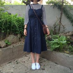 I love longer dresses, especially ones that have a higher waist! I love navy, and I think the white sneakers look cute with the outfit :) I like the neutral gray shirt underneath too! Ulzzang Fashion, Asian Fashion, Look Fashion, Womens Fashion, Fashion News, Korean Outfits, Mode Outfits, Casual Outfits, Modest Fashion