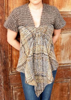 Wool flecked maternity sweater by Ullvuna on Etsy Pin Weaving, Loom Weaving, Tapestry Loom, Maternity Sweater, Arm Knitting, Weaving Patterns, Bobbin Lace, Handmade Clothes, Knit Crochet