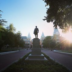 20 Beautiful Photos of the Baylor Campus Wallpapers For Mobile Phones, Dream School, Waco Texas, Baylor University, College Years, Where The Heart Is, Green And Gold, Statue Of Liberty, Pride