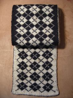 Free Knitting Pattern for Patchwork Baby Blanket Double Knitting Patterns, Knitting Charts, Knitting Stitches, Knit Patterns, Hand Knitting, Stitch Patterns, Coffee Sleeve, Hand Knit Scarf, Fair Isle Knitting