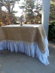 READY To SHIP Burlap Lace Tablecloth Ruffled Burlap от Misshettie More