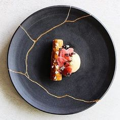 Pretzel brushed with toasted barley butter, barley stewed with roasted garlic and herbs served with fermented strawberries and a savoury grapefruit curd. Gorgeous dish uploaded by @seanymacd. Amazing plate by @gceramicandco #gastroart