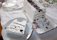Viennetta fagylalt torta házilag | Fehér Katica receptje - Cookpad receptek Black Color Meaning, Color Meanings, Ale, Cheese, Food, Natural, Ideas, Meal, Ale Beer