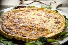 Pai med ost og skinke Quiche, Breakfast, Food, Pai, Morning Coffee, Essen, Quiches, Meals, Yemek