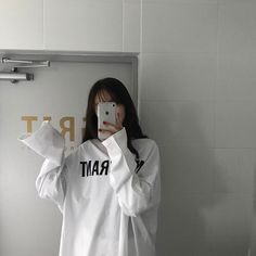 Image about girl in beautiful b i t c h e s by 𝓱𝓲 . Korean Girl Photo, Cute Korean Girl, Korean Aesthetic, Bad Girl Aesthetic, Gray Aesthetic, Aesthetic Outfit, Japanese Aesthetic, Girl Photo Poses, Girl Photography Poses