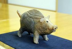 This earthenware was made during the latter part of the Jomon Period.