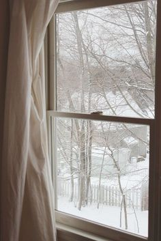 Winter through the window I Love Winter, Winter Snow, Winter Christmas, Christmas Morning, Christmas Photos, Snow Scenes, Winter Scenes, Looking Out The Window, Cottage