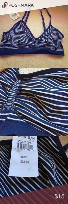 A Pea In The Pod Navy Nursing Bra- Size Small Navy and white striped nursing bra from A Pea In The Pod. Purchased online for when baby comes but it was too small and I missed the return period! Make an offer 🎉 A Pea in the Pod Intimates & Sleepwear Bras