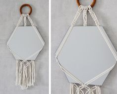 Miroir suspendu en macramé par KindofJoy sur Etsy Macrame Mirror, Macrame Art, Macrame Projects, Macrame Knots, Picture Frame Hangers, Weaving Wall Hanging, Weaving Designs, Idee Diy, Macrame Patterns