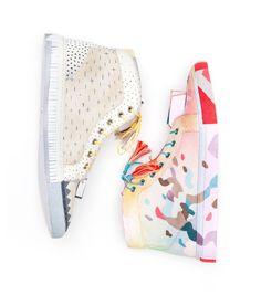 Gorman Online - kate tucker sneaker-diy-kt /// how to renew your plain pair of sneakers!
