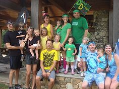 FAMILY OLYMPICS! so much fun for spring break, summer or a family reunion. planning ideas and tips here.