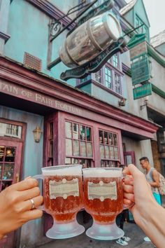 The Muggle's Guide to The Wizarding World of Harry Potter – Tripping with my Bff Universal Studios Florida, Universal Studios Outfit, Universal Studios Food, Hogwarts Universal Studios, Universal Orlando, Hogwarts Orlando, Destin Florida, Orlando Florida, Harry Potter Studios