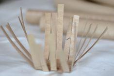 DIY korg Grandma Crafts, Making Baskets, Toilet Paper Crafts, Diy Braids, Paper Towel Rolls, Handicraft, Quilling, Art Lessons, Origami