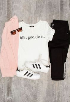 Graphic t-shirts are great for putting together cute outfits for school!