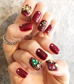 NEW POST: Check out these easy holiday nail art designs for you to keep in your idea bank. You won't have to waste a lot of time when those special days come! Link on bio. Red Nail Designs, Holiday Nail Art, Christmas Nail Art Designs, Christmas Nails, Red Nail Art, Red Nails, White Nails, Beautiful Nail Art, Nails Inspiration