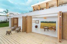 modernes Haus offene-Holzterrasse outdoor Sessel-Design