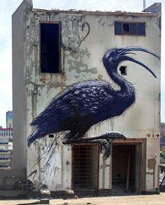 Street art on top of Revolution House in the Maboneng District, downtown Johannesburg. By Belgian street artist ROA, photographed by Mr Baggins. Graffiti Art, Murals Street Art, 3d Street Art, Amazing Street Art, Street Artists, Amazing Art, Awesome, Banksy, Urbane Kunst