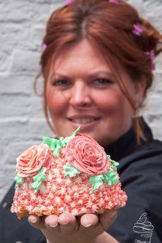 Rosé cake