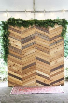 sophisticated floral designs wedding wall garland backdrop something borrowed pdx wood wall structure