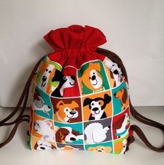 Tutorial mochila niño - Proyectos de Patchwork - Ana Leal Patchwork Couture Sewing, Gift Bags, Drawstring Backpack, Backpacks, Fabric, Gifts, Wild Oats, Bb, Fashion