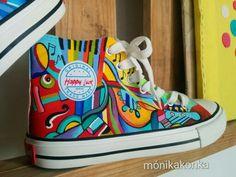Zapatillas con diseños musicales!! #happyluck #monikakonka