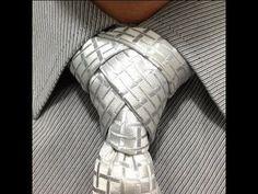 Animated Eldredge Knot - How to Tie a Necktie - How to Tie a Tie Cool Tie Knots, Cool Ties, Tie The Knots, Different Tie Knots, Tie Knot Styles, Eldredge Knot, Tie A Necktie, Necktie Knots, Just For Men