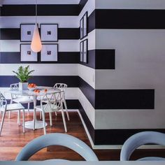 Love how this stripe continues unexepectedly on wall. Would do going left onto the staircase wall. Striped Walls Horizontal, Striped Accent Walls, Striped Room, Stripe Walls, Wall Stripes, Deco Design, Wall Design, Church Nursery Decor, Pallet Walls