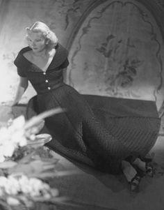 f84ff1aecce089 123 Best Mid Century Swans images   Vintage fashion, Celebs, Classic ...