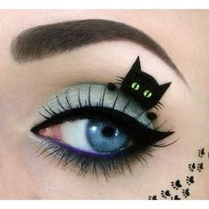 Amazing make-up artist creates super-cute cat pictures on a unique canvas her eyes
