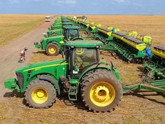 Most popular Farm Machinery videos and galleries. Old John Deere Tractors, Jd Tractors, Vintage Tractors, Modern Agriculture, Agriculture Farming, John Deere Equipment, Heavy Equipment, John Deere Combine, Wooden Toy Trucks
