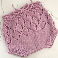 hand knitted dusty pink newborn baby pants Knitted Romper, Baby Pants, Easy Knitting, Pants Pattern, Dusty Pink, Crochet Top, Cover Up, Rompers, Knits
