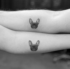 Matching tattoos FTW with the French Bulldog. Tattoo Bulldog, Puppy Tattoo, French Bulldog Tattoo, Paar Tattoos, Dog Tattoos, Couple Tattoos, Sleeve Tattoos, Portrait Tattoos, Little Tattoos