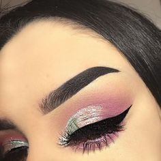 Straight Black Brows and Winged Eye