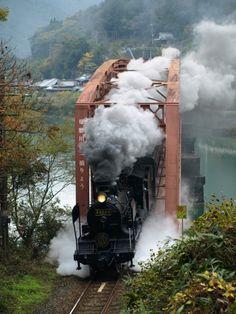 蒸気機関車の投稿写真。タイトルはSL人吉号(3)