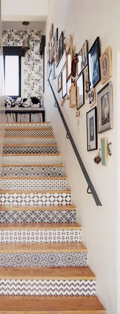 Modern staircase ideas - design and layout ideas to inspire your own staircase remodel, painted diy, decorating basement remodel pictures - staircase ideas House Design, Tile Stairs, Decor, House Interior, Stairs Design, Home Diy, Tiled Staircase, Home Decor, Beach House Decor