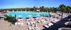 Chiusurelle Residence e Village mette a vostra disposizione una spettacolare piscina.