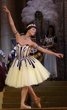 "THE PHARAOH'S DAUGHTER/Nina Kaptsova as Ramzé in ""The Pharao's Daughter"" (Bolshoi Ballet)"