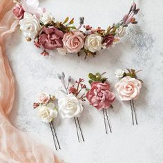 Discover recipes, home ideas, style inspiration and other ideas to try. Diy Lace Ribbon Flowers, Ribbon Flower Tutorial, Faux Flowers, Gold Flowers, Flowers In Hair, Ribbon Rose, Bow Tutorial, Diy Ribbon, Ribbon Hair