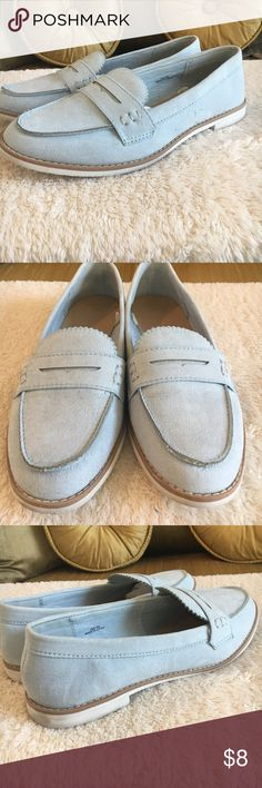 GAP powder blue loafers 🐠Cute powder blue suede like loafers in good condition. One side has a couple little spots. Some scuff marks on the white. GAP Shoes Flats & Loafers