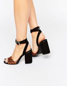 CHAUSSURES - SandalesINTENTIONALLY_______. TD2Nwnu