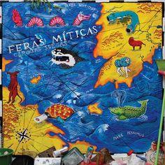 """Como numa tempestade em alto mar, Garotas Suecas lança na rede seu novo disco """"Feras Míticas"""". É o terceiro disco após """"Dinossauro EP"""" (2008) e """"Escaldante Banda"""" (2010). Conhecida por ter vencido o prêmio de """"Aposta MTV"""" no VMB 2008a banda de rock foi indicada, em 2011, nas categorias """"Melhor Videoclipe"""" com """"Banho de Bucha""""...<br /><a class=""""more-link"""" href=""""https://catracalivre.com.br/geral/dica-digital/indicacao/baixe-feras-miticas-o-novo-disco-da-banda-garotas-suecas/"""">Continue lendo…"""