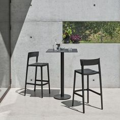 Contemporary Outdoor Bar Stools from Lime Modern Living. Find a range of great Modern outdoor furniture brands from our Contemporary furniture store. Ercol Chair, Ercol Furniture, Outdoor Furniture, High Top Table Kitchen, High Top Tables, 24 Bar Stools, Counter Stools, Contemporary Outdoor Bar Stools, Stackable Stools