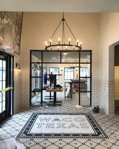 See photos inside Chip and Joanna Gaines's new restaurant Magnolia Table—and find out everything else we know about the business being featured on 'Fixer Upper. Magnolia Homes Waco, Magnolia Joanna Gaines, Magnolia Market, Chip And Joanna Gaines, Chip Gaines, Magnolia Farms, Magnolia Table Restaurant, Farmhouse Restaurant, Magnolia Bed And Breakfast