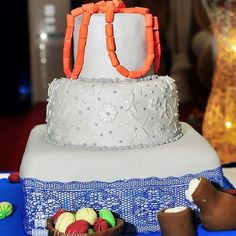 "Coral beads and kola nuts and palm wine calabash traditional wedding cake for Nigerian wedding! yummy From instagram:@myweddingnigeria's photo: ""Get ready for trad cakes inspiration  #traditionalwedding #cakes #naijabride  #naijawedding  #mywedding  #nigerianwedding  #naijacake #nigeriancakes #weddingsinnigeria #loveweddings"""