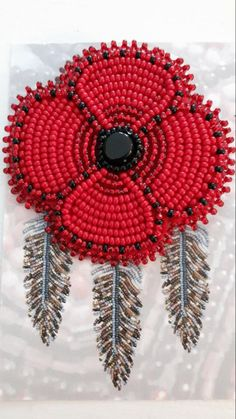 Beading Ideas, Beading Projects, Beading Patterns, Remembrance Day Poppy, Diy Leather Bracelet, Poppy Brooches, Beadwork Designs, Beaded Lanyards, Pandora Beads