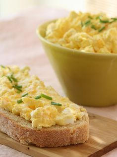 #CottageCheese & Eggs #Salad from nami-nami.blogspot.com - #lunch time! #butter